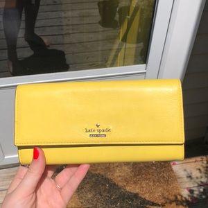 Beautiful Yellow Kate Spade Wallet